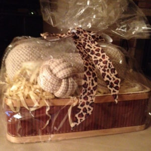Gift basket for dogs