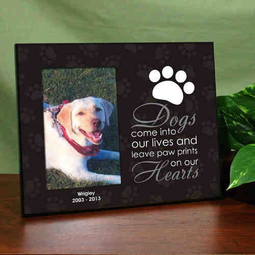 Personalized Leave Paw Prints on our Heart Pet Frame